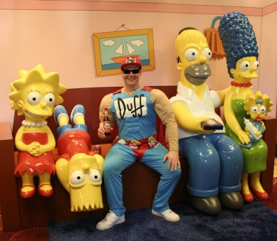 The Simpsons, relaxing with Duff Man