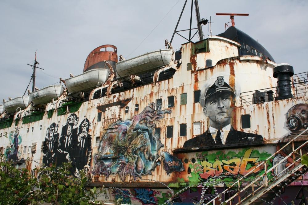 Photo Mission: The Fun Ship (4/6)