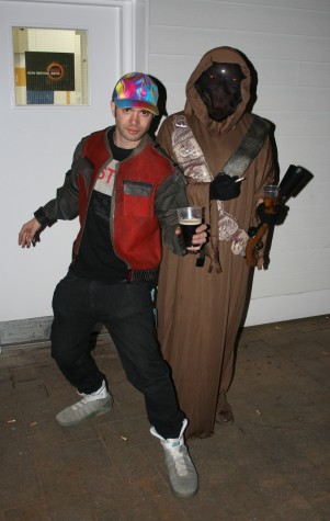 Marty McFly and Jawa