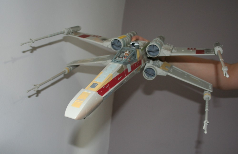 Star Wars Day - X-Wing Fighter Photos (3/6)